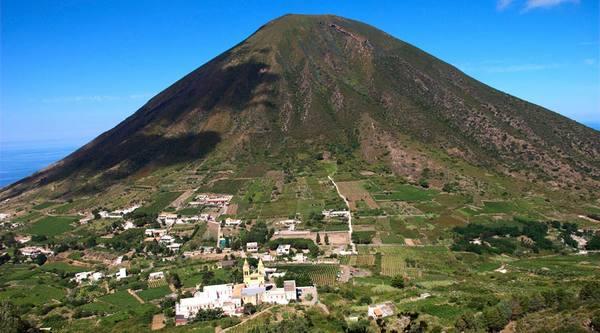 Vulcano Isola di Salina